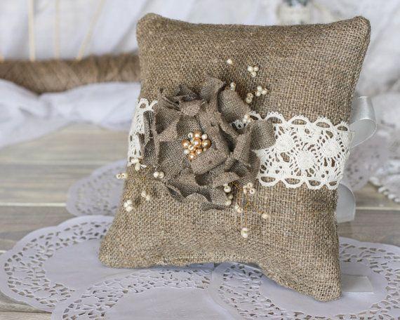 Подушечку для колец на свадьбу своими руками